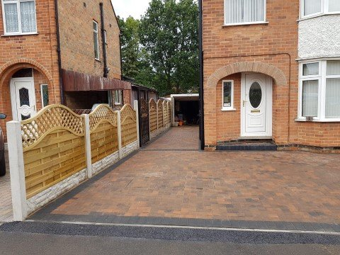 block-paving-and-fencing-1-50%