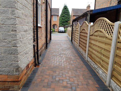 block-paving-and-fencing-2-50%